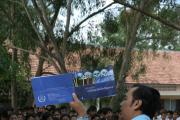 Booklet distribution in Kampong Cham (3)